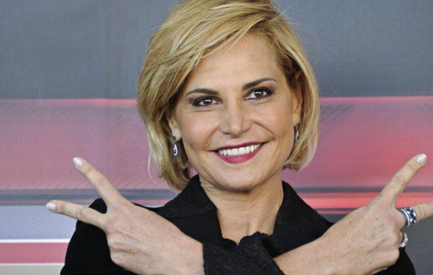 SIMONA VENTURA TORNA IN TV…TRA CUCINA E GAME SHOW