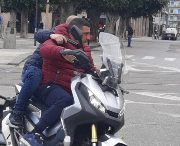 SPARATORIA A PIAZZA CAIROLI…ANZI NO, ERA UN SET CINEMATOGRAFICO – video